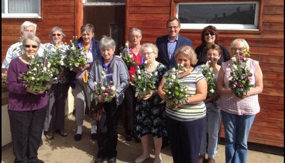 phil-wilson-visits-village-hall-over-60s-project