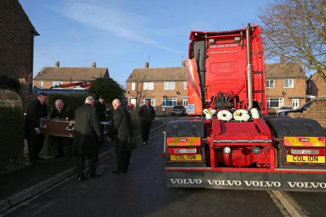 Family, friends and former colleagues of Barry Tarn formed a convoy to say a final farewell